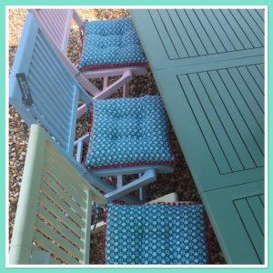paint garden furniture - cushions